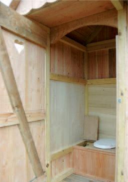 Cabane de jardin - toilette sèche - Ateliers VALENTIN, Toilettes ...